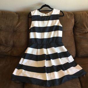Sleeveless striped summer dress